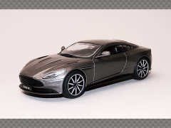 ASTON MARTIN DB11 | 1:43 Diecast Model Car
