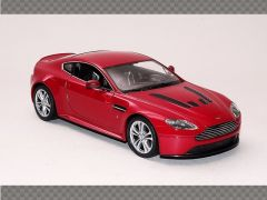 ASTON MARTIN V12 Vanquish | 1:24 Diecast Model Car