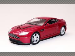 ASTON MARTIN V12 VANTAGE | 1:36 Diecast Model Car