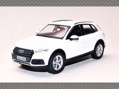 AUDI Q5 | 1:43 Diecast Model Car