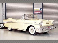 Chevrolet Bel Air Convertible 1957 | 1:18 Diecast Model Car