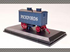 PICKFORDS LIVING WAGON | 1:76 Diecast Model Car