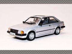 FORD ESCORT GL MK3 ~ 1981   1:43 Diecast Model Car