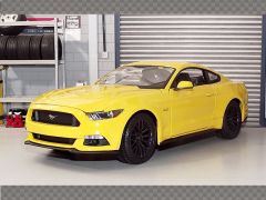 FORD MUSTANG GT 2015 ~YELLOW | 1:18 Diecast Model Car