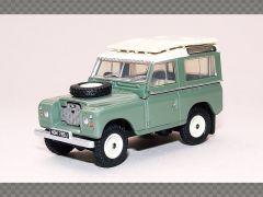 Land Rover Series IIA Station Wagon | 1:76 Diecast Model Car