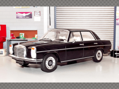 MERCEDES 220D W115 ~ 1972| 1:18 Diecast Model Car