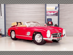 MERCEDES BENZ 300SL TOURING 1957 ~ RED | 1:18 Diecast Model Car