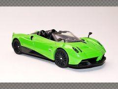 PAGANI HUYARA ROADSTER GREEN | 1:24 Diecast Model Car