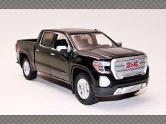 GMC SIERRA 1500 SLT CREW CAB -2019 ~ BLACK | 1:24 Diecast Model Car