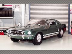 FORD MUSTANG FASTBACK GTA FASTBACK ~ 1967| 1:18 Diecast Model Car