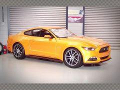 FORD MUSTANG GT 2015   1:18 Diecast Model Car