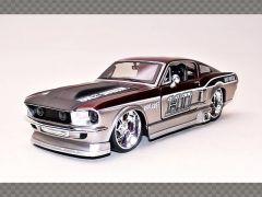 FORD MUSTANG GT ~ HARLEY DAVIDSON | 1:24 Diecast Model Car