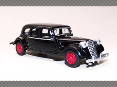 CITROEN 15 SIX ~ 1939 | 1:64 Diecast Model Car