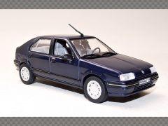 RENAULT R19 ~ 1988 | 1:43 Diecast Model Car