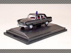 AUSTIN CAMBRIDGE FARINA ~ HERTFORDSHIRE POLICE | 1:76 Diecast Model Car
