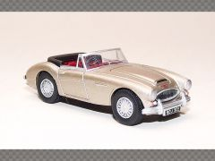 AUSTIN HEALEY 3000 ~ GOLD | 1:76 Diecast Model Car