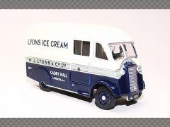 COMMER Q25 ~ LYONS MAID   1:76 Diecast Model Van