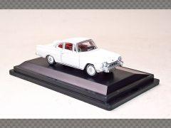 FORD CONSUL CAPRI   1:76 Diecast Model Car