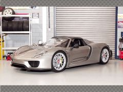 PORSCHE 918 SPYDER ~ SILVER GREY | 1:18 Diecast Model Car