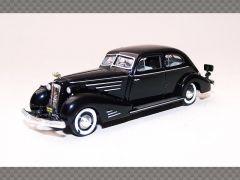 CADILLAC FLEETWOOD 75 TOURING SEDAN ~ BLACK | 1:76 Diecast Model Car