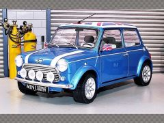 MINI COOPER SPORT ~ 1997 | 1:18 Diecast Model Car