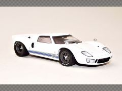 FORD GT40 ~ 1966   1:43 Diecast Model Car