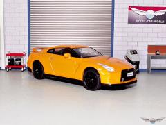 NISSAN GT-R | 1:43 Diecast Model Car