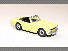 TRIUMPH TR6 | 1:76 Diecast Model Car