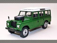 LAND ROVER SERIES 3 109 | 1:24 Diecast Model Car
