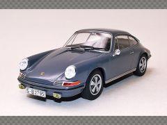PORSCHE 911S ~ 1968   1:24 Diecast Model Car