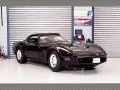 CHEVROLET CORVETTE 1982 ~ BLACK | 1:18 Diecast Model Car