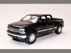 CHEVROLET SILVERADO TUNING ~ 1999 | 1:24 Diecast Model Car