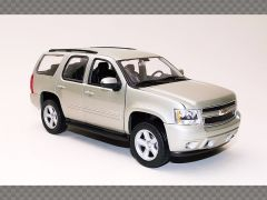 CHEVROLET TAHOE ~ 2008 | 1:24 Diecast Model Car
