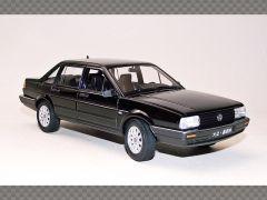 VOLKSWAGEN SANTANA | 1:24 Diecast Model Car