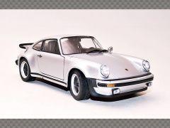 PORSCHE 911 TURBO 3.0   1:24 Diecast Model Car