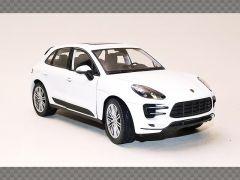 PORSCHE MACON TURBO ~ 2014 | 1:24 Diecast Model Car