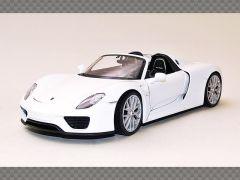 PORSCHE 918 SPYDER ~ WHITE | 1:24 Diecast Model Car