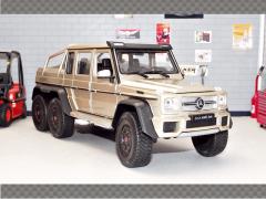 MERCEDES G53 AMG 6X6 2015 | 1:24 Diecast Model Car