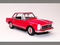 MERCEDES 230L (W113) | 1:24 Diecast Model Car