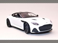 ASTON MARTIN SUPERLEGGERA ~ 2019 ~ WHITE | 1:24 Diecast Model Car