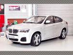 BMW X4 | 1:18 Diecast Model Car