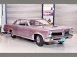 PONTIAC GTO ~ 1965 | 1:18 Diecast Model Car