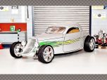 FORD COUPE SPEEDSTER 1933 ~ SILVER   1:18 Diecast Model Car