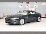 JAGUAR XK COUPE 2006 | 1:24 Diecast Model Car