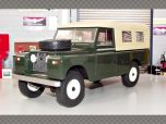 LAND ROVER 109 PICK UP SERIES 2 1959 | 1:18 Diecast Model Car